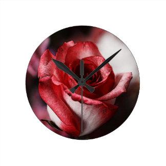 赤いバラ ラウンド壁時計