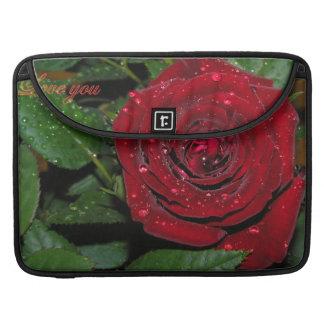 赤いバラ#2 MacBook PROスリーブ