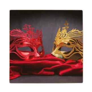 赤いビロードの飾られた仮面舞踏会のマスク ウッドコースター