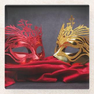 赤いビロードの飾られた仮面舞踏会のマスク ガラスコースター
