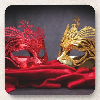 赤いビロードの飾られた仮面舞踏会のマスク コースター