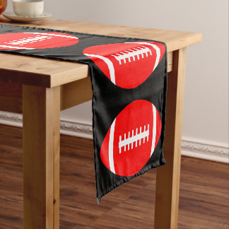 赤いフットボール・チームのパーティー、宴会またはイベントの装飾 ショートテーブルランナー