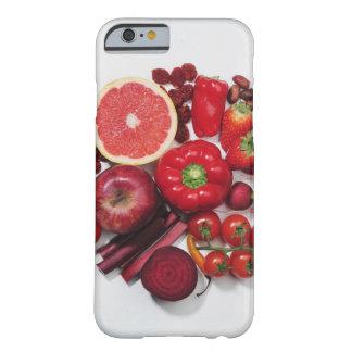 赤いフルーツ及び野菜の選択 BARELY THERE iPhone 6 ケース