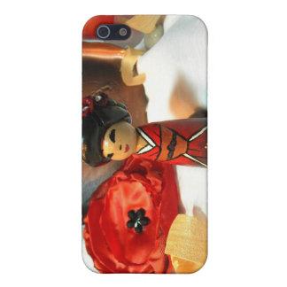 赤いプラムKokeshi iPhone 5 Cover