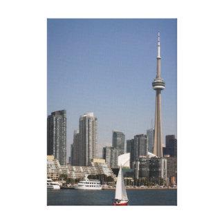 赤いボートとのトロント港のスカイライン キャンバスプリント