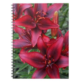 赤いユリの花柄のノート ノートブック