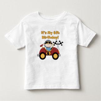 赤いレースカーの第6誕生日のTシャツおよびギフト トドラーTシャツ