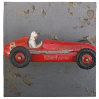 赤いヴィンテージのおもちゃ車 ナプキンクロス