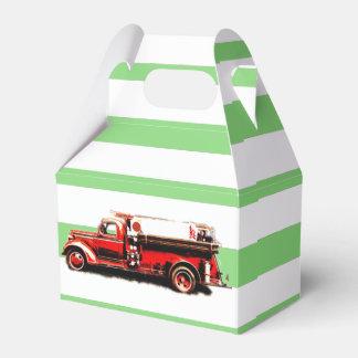 赤いヴィンテージの普通消防車 フェイバーボックス