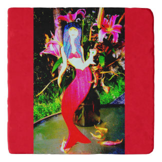 赤い人魚のパーティを楽しむこと トリベット