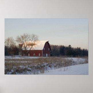 赤い冬の納屋 ポスター