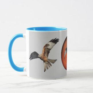 赤い凧の肉食鳥 マグカップ