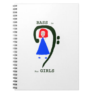 赤い女性の青い服の緑のヘ音記号nの文字 ノートブック