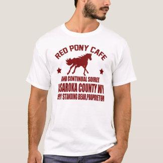 赤い子馬のカフェおよび絶え間ない夜会 Tシャツ