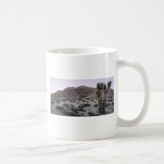 赤い崖のパノラマ コーヒーマグカップ