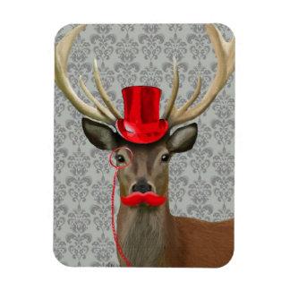 赤い帽子および口ひげを持つシカ マグネット