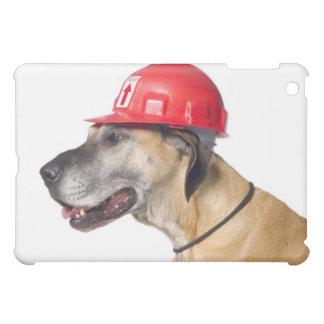 赤い建築のヘルメットを身に着けているグレートデーン iPad MINIケース
