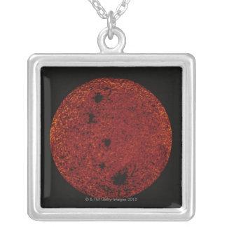 赤い惑星 シルバープレートネックレス