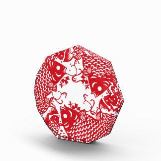 赤い旋回のコイのコイの魚のグループ賞 表彰盾