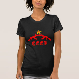 赤い星が付いているカラシニコフカラシニコフ自動小銃 Tシャツ
