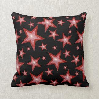 赤い星は「文字」の正方形の黒の背部を黒くします クッション
