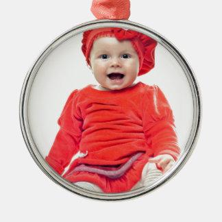 赤い服の女の赤ちゃん シルバーカラー丸型オーナメント