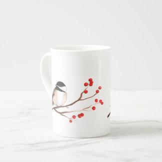 赤い果実を持つ《鳥》アメリカゴガラ-独身のな枝 ボーンチャイナカップ