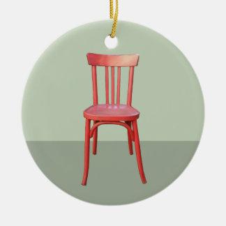 赤い椅子の緑のオーナメント セラミックオーナメント