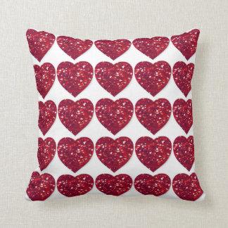 赤い水晶ハートのルビー色の結婚記念日の枕 クッション