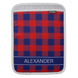 赤い濃紺のバッファローの点検の格子縞の名前のモノグラム iPadスリーブ
