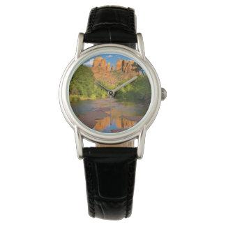 赤い石の交差、アリゾナの川 腕時計