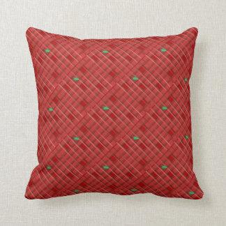 赤い緑の格子縞のヒイラギの葉のクリスマス クッション