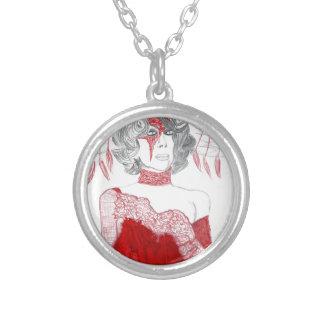 赤い羽のファッション シルバープレートネックレス