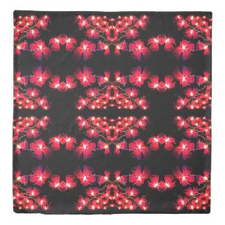 赤い花によってひもでつながれるライト 掛け布団カバー