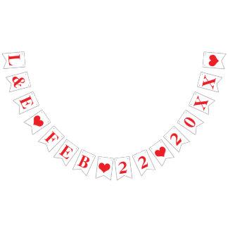 赤い花嫁+新郎のイニシャルの名前入りな結婚式の日付 バンティングフラッグ