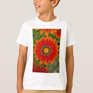 赤い花 Tシャツ