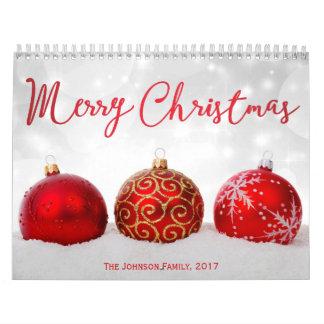 赤い装飾のメリークリスマスの2017年の写真のカレンダー カレンダー