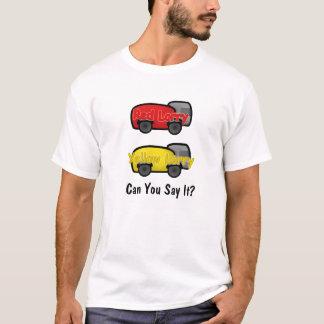 赤い貨物自動車の黄色の貨物自動車 Tシャツ