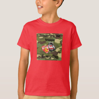 赤い金曜日 Tシャツ