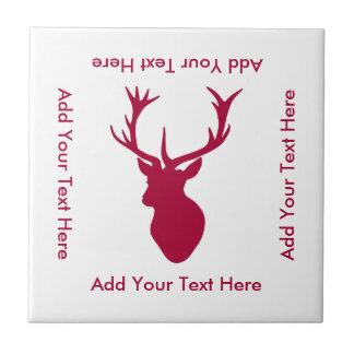 赤い雄鹿の頭部のクリスマスか雄鹿パーティー タイル