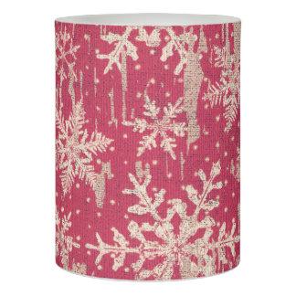 赤い雪片のクリスマスの冬休みは蝋燭を導きました LEDキャンドル