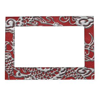 赤い革質の銀製のドラゴン マグネットフレーム