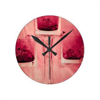 """""""赤い""""コレクションの元の写真撮影bの3つの立方体 ラウンド壁時計"""