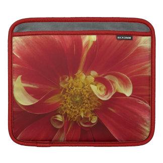 赤い《植物》百日草のiPadの袖 iPadスリーブ