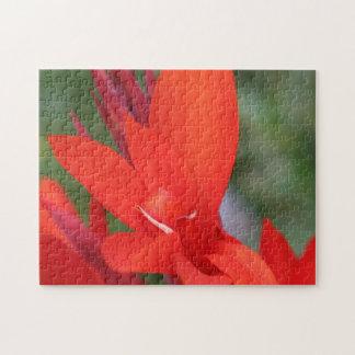 """""""赤い""""赤いカンナの大きいパズルの女性 ジグソーパズル"""