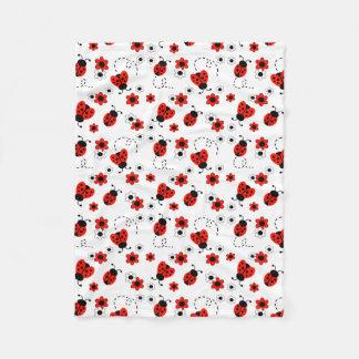 赤いBug Floralてんとう虫の女性白い花 フリースブランケット