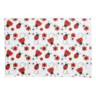 赤いBug Floralてんとう虫の女性白い花 枕カバー