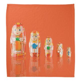 赤いMatryoshkaのロシアのな人形のバンダナ バンダナ