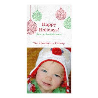 赤および緑のオーナメントのクリスマスの写真カード カスタム写真カード