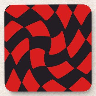 赤および黒のゆがみのチェッカーボード コースター
